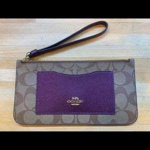Coach zip top wristlet with card slots